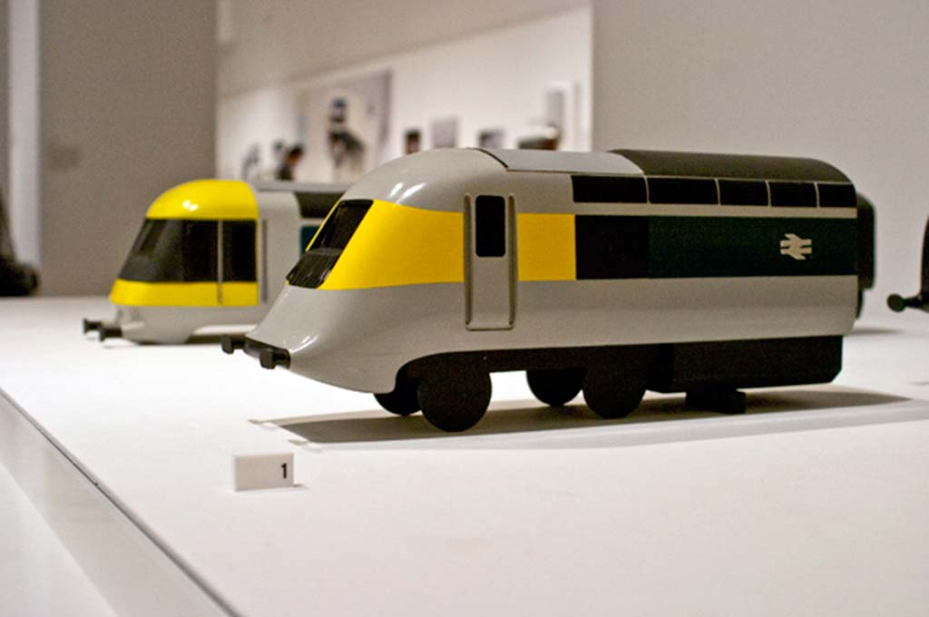 Rounded corners with Kenneth Grange
